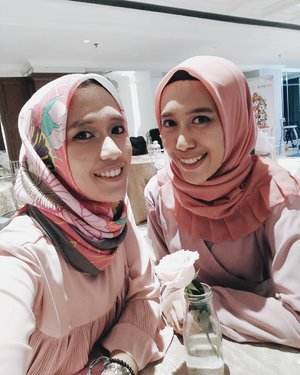 Just be yourself..Thats often we hear But thats only we know we can do or not if we've through complicated time#clozette #clozetter #clozetteid#vsco #vscocam #instagood #instagram #ootd#hotd #dailyhijab #hijabootdindo #lookbook #lookbookindonesia  #lookbookhijab  #hijabfashion #modelhijaber #sister #sistergoals