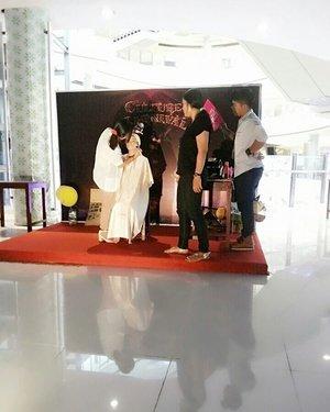 Demo make up for contour.... See ya next time.... mua #makeupaddict #makeuplover #makeupartistjogja #makeupwisudajogjakarta #riasbridaljogja #mua #muaindonesia #muajogja #MUAWorld #makeupJogja #MakeUpIndonesia #MakeUpWorld #Indonesia  #PhotoProduct #HairDo #AsyaMakeupStudio #MakeUpBridal #makeuplovers  #makeupartist #makeuptalk #makeupbyme #makeupoftheday #clozetteID #InstaMagAndroid #makeupwisuda #wakeupandmakeup #makeupartisindonesia #muafinder