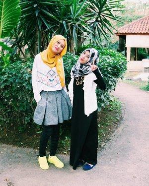 Karena sodara itu tak harus satu ayah ibu, dan saya senang kenal perempuan ini walaupun adek cantik ini sedikit galak tapi disisi lain sebenarnya dia wanita mellow dan sabar. 📷 @beneisme #hijabi #hijab #girl #sister #friendship #vscolove #vsco #vscocam #vscogram #vscodaily #adidas #gadihminang #gadismagelang #like4like #likeforlike #follow4follow #igers #igaddict #clozetteid #canon