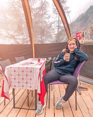 A cup of tea after 2 hours of adventure will be totally worth it ✨ #sipandsnap #pomelofall19 -#clozetteid #ootdindokece #ootdindo #lookbookindonesia #styleootd #ootd #ootdmagazine #ootdindonesia #potd #bunnyneedsmakeup #bvloggerid #gengbvlog #indobeautygram #indobeautysquad #beautychannelid #tampilcantik #ragamkecantikan #tipskecantikan #zonamakeupid #kbbvmember #kbbvfeatured #ghinaaroundtheworld