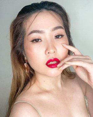Mau kasih makeup details tapi dah lupa pake apa aja 😂 wkwkw. Biasalah ~  #clozetteid #potd #jakartabeautyblogger #motd