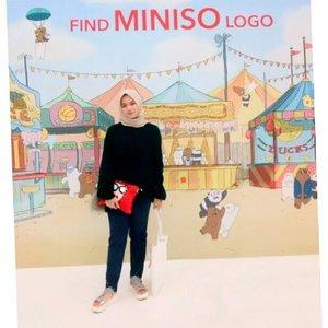 I'm so happy! bisa dapet kesempatan buat dateng ke acara Launching Make Up Miniso 'Mini Poni' #minisofansfestival2018 Di Laguna Atrium, Central Park.Di tambah dapet banyak beauty tips, trick and hack dari @marcelinecarlos !✨..@clozetteid @minisoindo #miniso #minisoindo #clozetteid#minisofansfestival2018 #MinisoIndoXClozetteID