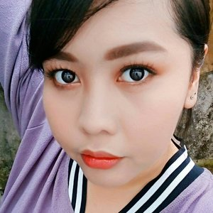 This makeup look inspired by @beige_chuu makeup that i saw on its feeds. I was fascinated when i first visited its feed. It's filled with faces of its one main model that has bright blushes and lashy eye makeup. I thought it was Japanese makeup brand. Turned out it was Korean makeup brand. Even though Korean and japanese makeup look similar but they have differences that can simply distinguished from one another. For example, korean girls don't play too much with lashes to make their eyes look bigger, while japanese girls maximize the function of falsies to make their eyes look bigger and dollier. . . Even though i never wear any of the product from beige chuu, i can pull one string from the whole look of the brand. The colors they put on the model's face is always on the peach or coral palette, whether it's lips, cheeks, or eyes. And it's complimented with brown eyebrows and brown eyeliner. Maybe they also put on a brown mascara to match the color palette.  I like this kind of look and i think it looks the best with brown hair and white milky skin. So, would you try this look? 😉💄 . . . . . . #koreanmakeup #japanesemakeup #ulzzangmakeup #beautylover #beautyenthusiast #makeuplover #fascinatedbymakeup #peachmakeup #coralmakeup #beigechuu #オルチャンメイク #メイク #ギャル #acolorstory #bloggerbabes #beautyblogger #bloggerbabesasia #beautylover #makeuplover #makeupenthusiast #makeupideas #makeuptutorial #everydaylips #LipsOfTheDay #FOTD #MOTD #clozetteid #bandungbeautyblogger #bandungmua