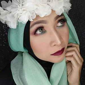"Have a nice week end! 🌸🌸🌸Lipstick by @colourpopcosmetics ""notion""#makeupbyedelyne #hijabbyedelyne #atomcarbonblogger #starclozetter #clozetteid #hijab#makeupoftheday#lipstickoftheday#wakeupandmakeup"
