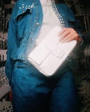 Outfit hari ini pastinya dari @disty.lyne  dong...Para penggemar denim wajib punya nih jaket dengan aksen mutiara dan kulotnya, Harganya super affordable dengan kualitas yang oke banget 👍Buruan order yaa ...#ootdbyedelyne #ootd #outfit #outfitinspiration #outfitoftheday #bloggerstyle #fashionblogger #instagood #bandungbeautyblogger #clozetteid