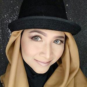 Eyelashes from @bohktoh.id #makeupbyedelyne#hijabbyedelyne#starclozetter #clozetteid #atomcarbonblogger