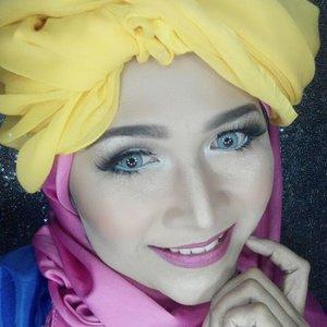 #makeupbyedelyne #hijabbyedelyne #makeupmuslimah #riasmuslimah #hijabdanmakeup #hijabandmakep #beautyandfashionblogger #hijabandfashion #hijabstyleindonesia #muagarut #muabandung #wakeupandmakeup #starclozetter #clozetteid