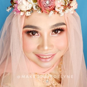 Makeup tutorial lengkapnya , cek postingan sebelumnya yaa gaessss 🙏😊💙. #brushedbyedelyne #makeup #clozetteid #hijab #makeupandhijab #wakeupandmakeup #makeupideas #riasmuslimah #mua #makeupartist #belajarmakeup #makeuptutorial #lesmakeup