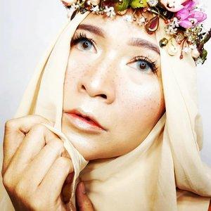 #brushedbyedelyne #clozetteid #makeup #runawaymakeup #makeupideas