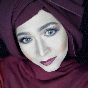 #makeupbyedelyne #hijabbyedelyne #hijabstyleindonesia #hijabandmakeup #makeupartistindonesia #makeupartistgarut #muabandung #muagarut #amazingmakeupartist #makeupmom #hijabers #hudabeauty #instamakeup #makeupartistsworldwide #anastasiabeverlyhills #vegasnay #makeup #hijabfashionista #hijabfashion #fashionbeautyblogger #mua #clozetteid #starclozetter #fallmakeup #makeupartist