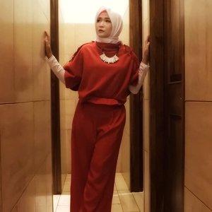 #ootdfashion #ootdhijab #hijabstyle #hijabandfashion #starclozetter #clozetteid #clozetteidpotw