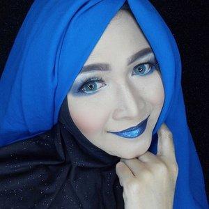Blue is a new red.  #makeupbyedelyne #hijabbyedelyne #hijabstyleindonesia #hijabandmakeup #makeupartistindonesia #makeupartistgarut #muabandung #muagarut #amazingmakeupartist #makeupmom #hijabers #hudabeauty #instamakeup #makeupartistsworldwide #anastasiabeverlyhills #vegasnay #makeup #hijabfashionista #hijabfashion #fashionbeautyblogger #mua #clozetteid #starclozetter