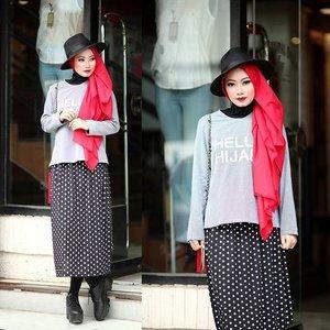 Makeup, hijab and stylist by me #hijabbyedelyne #makeupbyedelyne #muaindonesia #mua #indonesianbeautyblogger #clozetteid #HOTD #ootd #ScarfMagz #makeup #hijabellamagazine #hijabmodern #hijabfashion #instahijab #hijabstyle #hijaboftheday #hijaboftheworld #hijabinstyle #hijabIndonesia #hijabphotography #hijabstreetstyle