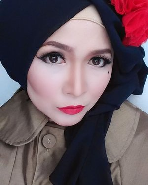 #makeupbyedelyne #makeup #clozetteid #photooftheday #clozetteidpotw #makeupartistworldwide #mua #makeupinfluencer #beautyinfluencer #influencer #wakeupandmakeup #makeupoftheday #makeupinspiration #throwback #muagarut #muabandung #makeupandhijab #hijabandmakeup #makeupmafia #bunnyneedsmakeup #pinupmakeup #pinupmakeuplook #anastasiabeverlyhills #yslbeauty