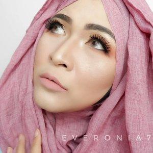 #makeupbyedelyne #hijabstyle #hijabandmakeup #starclozetter #clozetteid #makeuplooks #makeupartistworldwide #instamakeup #hijablookbook #makeupideas#bunnyneedsmakeup #beautyjunkie#kbbvbyacb