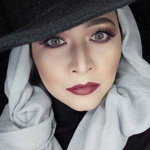 #makeupbyedelyne #hijabbyedelyne #hijabstyleindonesia #hijabandmakeup #makeupartistindonesia #makeupartistgarut #muabandung #muagarut #amazingmakeupartist #makeupmom #hijabers #hudabeauty #instamakeup #wakeupandmakeup #makeupartist  #makeupartistsworldwide #anastasiabeverlyhills #vegasnay #makeup #hijabfashionista #hijabfashion #fashionbeautyblogger #mua #clozetteid #starclozetter