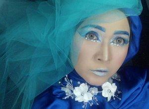 Aquarius  #brushedbyedelyne #makeup #makeupartist #makeupartistsworldwide #clozetteid #mua #bandungbeautyblogger #tribepost #instabeauty #instagram #wakeupandmakeup #makeupideas #hijabi #hijabandmakeup #hijabandfashion