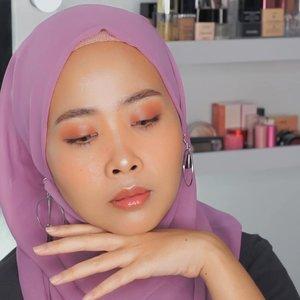 Hasil makeup yang ada di pouch makeup kl pergi-pergiDetail@pixibeauty (setting spray makeup before-after makeup)@lagirlcosmetics (orange)@nyxcosmetics_indonesia ( cushion foundation)@nyxcosmetics_indonesia ( wonder stick )@pixycosmetics (cream blush orange)@urbandecaycosmetics x @kristenxleanne ( eyeshadow)@esqacosmetics ( lip gloss jakarta mix tokyo and blush honolulu)@benefitindonesia (browzings 05 and mascara bad gal bang) ........100daymakeupchallenge #beautyenthusiast #beauty #beautygram #makeup #makeuptutorial #contourtutorial #makeup #beautygoersid #indobeautygram #indoveautysquad #beautygram #beautybloggerindonesia #tasyashoutoutfarasya #dwiendahpusparini #clozetteid #clozette #ivgg #ivgbeauty #esqa #esqaddicted #minitutorial #indovigram #eotd #ibv @beautybloggerindonesia @tampilcantik @ragam_kecantikan @cchannel_beauty @indobeautygram @tips_kecantikan @popbela_com @clozetteid @bloggermafia