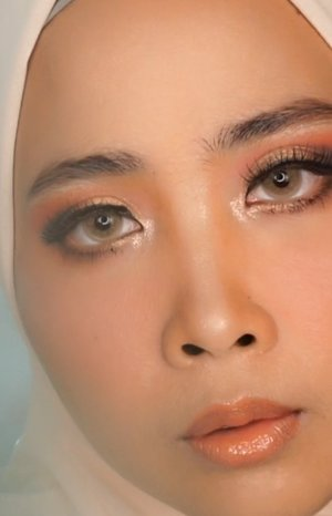 ● @pixycosmetics primer● @guerlain foundation● @nyxcosmetics_indonesia contour stick● @maybelline conclear● @pixycosmetics blush● @benefitindonesia browzings● @blpbeauty powder● @urbandecaycosmetics naked● @beautyofsaira lip gloss...#pixycosmetics #guerlain #guerlainmakeup #benefitscosmetic #blpbeauty #nyxcosmeticsindonesia #urbandecay #udindonesia .#artmakeup#eminaglossystain #eminacosmetics#eminacosmetics #eminaglossystain #emina#artmakeup  #nightskincareroutine #100daymakeupchallenge  #beautybloggerindonesia #tasyashoutoutfarasya #clozetteid #clozette #ivgg #ivgbeauty #esqa #esqaddicted #minitutorial #indovigram #eotd #ibv @beautybloggerindonesia @tampilcantik @ragam_kecantikan @cchannel_beauty @indobeautygram @tips_kecantikan @popbela_com @clozetteid @bloggermafia @wakeupandmakeup @wowsyantik @storie_id