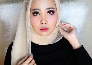 MAKEUP PENGAJIAN SEBELUM NIKAHproducts1. @pixibeauty ( glow mist) #pixyglowmist2. @chanelofficial (le blanch de chanel)3. @maybelline (fit me 125)4. @dior (forever foundation 025)5. @lagirlindonesia ( pro corectr conclr orange) #lagirlindonesia6. @maybelline ( fit me concealer 20)7. @pixycosmetics ( silky fit lipstk 106)8. @thebodyshop (bronze 04)9. @nyxcosmetics_indonesia (wonder stick ws03)10. @benefitindonesia ( #browzings 04) #benefitcosmetics 11. @thebodyshop ( lip matte liquid (nairobi camelia)12. @nyxcosmetics_indonesia (intense butter gloss)14.@eminacosmetics (blush on cherry blossom)#makeuplook #makeuptutorial #ibv #indobeautygram @indobeautygram #clozetteid #indobeautyvlogger #tutorial #makeupportfolio #hudabeauty #makeupforbarbies #makegirlz @nyxcosmetics