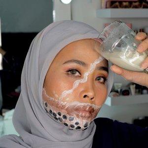 Minum bobahh tumpah ke muka Insp @ulynovita and @cakefacerj . . . . #100daymakeupchallenge #beautyenthusiast #beauty #beautygram #makeup #makeuptutorial #contourtutorial #makeup #beautygoersid #indobeautygram #indoveautysquad #beautygram #beautybloggerindonesia #tasyashoutoutfarasya #clozetteid #clozette #ivgg #ivgbeauty #esqa #esqaddicted #minitutorial #indovigram #eotd #ibv  @beautybloggerindonesia @tampilcantik @ragam_kecantikan @cchannel_beauty @indobeautygram @tips_kecantikan @popbela_com @clozetteid @bloggermafia @wakeupandmakeup