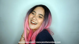 Local Lipcream and Lipgloss from Yogyakarta - Looke Cosmetic