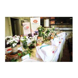 Still can't move on from #BSkeJogja, @beautiesquad first anniversary gathering! Table decor by @edelweiss.party.planner ❤️ #BSxEdelweiss .......#clozetteid #jenntan #cafejogjakarta #partyplannerjogja #beautiesquad