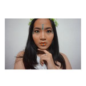 Sun kissed skin ft. Moana inspired makeup (ditambah cipratan ombak) yang akhirnya jadi begini . . . . . . . . . #trovemakeup #trovemarketvol3 #jenntan #jenntanmakeup #jennitanuwijaya #beautyjournal #beautyblogger @jakartabeautyblogger #jakartablogger #jakartabeautyblogger @atomcarbonblogger @beautychannel.id @beautynesia.id @beautynesiamember @beautybloggerid @beautiesquad @beautybloggerindonesia #undiscoveredmua #tinkerlustambassador #LYKEambassador #clozetteid #clozettedaily #clozette #clozettebeauty #summervibes #summermakeup