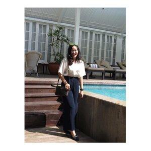 Girls just wanna have sun🌞. . 📷 @isnadani . . . . . . . . . #jenntanmakeup #tinkerlustambassador #LYKEambassador #clozetteco #clozetteid #clozettedaily #clozettebeauty #clozettefashion #jennitanuwijaya #brandambassador #campusambassador #influencerjakarta #hermitagehotel #jakartabeautyblogger #whatiwear #ootd #coachbags #outfitoftheday #lookbookindo #fashionbloggerjakarta #femaledailynetwork