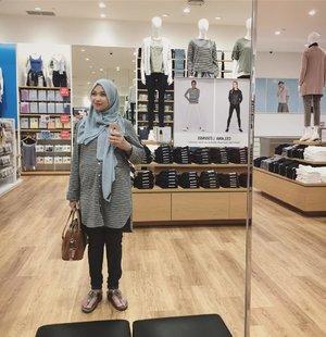 Hello Tangsel 😊#ootd #28weekspregnant #alhamdulillah #ivfsurvivor #clozetteid #hijabfashion