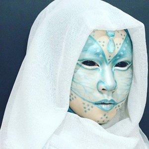 The Neptune folk.  And no, that's not sclera contacts.  #throwback #neptune #alien #makeup #allseebee #clozettehalloween #clozetteid