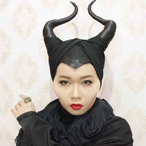Well well.. #maleficent #disney #villain #makeup #clozetteid #clozettehalloween #ibvsfx #indobeautygram #allseebee #throwback