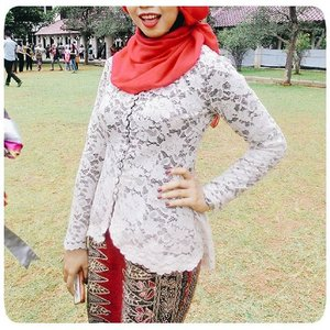 When I see through my instagram timeline, I didn't have any proper photo for my graduation kebaya.So here it is~First I picked the Batik for the skirt and then I made choice for the top.I chose Batik from Madura for my skirt. Basically, Batik in all region of Java has very distinct color and pattern based on its region. As for this Madura Batik that I used for my graduation skirt, it has dark red color with combination of black and cream color. It also has flower pattern and a strong vertical lines that create the patterns in the fabric.For the top, I actually picked black lace fabric with light brown fabric under it. But, it will be similar to my previous graduation kebaya.. hahahaSo, I chose this cream lace fabric, layered with black fabric underneath it. I chose this combination to made the Batik skirt more stand out.#kebaya #batik #batikmadura #graduation #graduationkebaya #kebayawisuda #hijab #allseebee #ClozetteID
