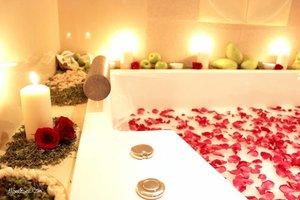 Bubble rose bath 🛀Konsep baru yang fresh dan modern @marthatilaar_spa bisa dirasakan langsung di @marthatilaarpik Baca detailnya di blogku www.allseebee.com yaa!#allseebee #clozetteid