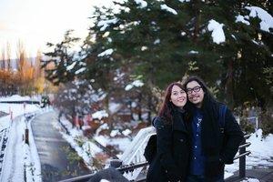 Ketika dua menggenapkan Karena ganjil tanpa kamu.  #jejaksajak #nyarispuitis #syairberbisik #aksararasa #kotakkatapuitika . . . . #HuboyWaifuTravelJournal #HuboyWaifuInJapan #HuboyWaifuJalanJalanJapan #ClozetteID #Lifestyle #Travel #Japan #Kawaguchiko #Snow #WinterInNovember #Travelgram #Instatravel