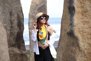 Let the sun shower us with its light ☉  #BerbagiPagi #TemanBerbagi #ClozetteID #Lifestyle #Travel #Traveling #Bali #balibible #karamata