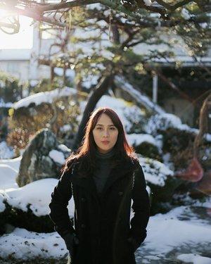 雪 Yuki 📸 @johanjsaleh . . . . .  #HuboyWaifuTravelJournal #HuboyWaifuInJapan #HuboyWaifuJalanJalanJapan #ClozetteID #Lifestyle #Travel #Japan #SnowInTokyo