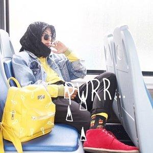 Petaquilan di bis tingkat, is da best escape tho ! . . . . . #guedoangkeknyayangpetakilanbdibistingkat #clozetteid #starclozetter #squaregrapher #instadaily #instagood #tumblrpic #tumblrpost #tumblrgirl #blogger #ootd #ootdindo #hijab #hijabstyle #ootdhijab #hijabootd #blogger #bloggerslife #bloggerstyle