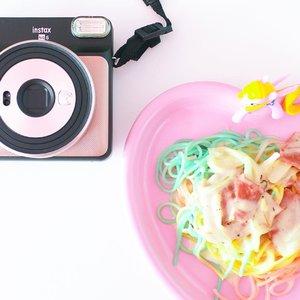 Can you spot rainbow on my spaghetti ? 🍝 . . . . #clozetteid #foodstagram #foodphotography #foodie #food #foodporn #spaghetti #foodgasm #ggrep #tumblr #whiteaddicted #whitetable