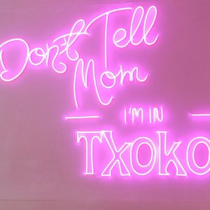 Sssssttt.... don't tell my mom im in @txokojakarta 👻___________________#cuteplace #placetogo #eksplorejakarta #clozetteid