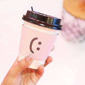 A cup of smile 鉁� . . . . . #clozetteid #clozetteid #clozetter #ggrep #instagood #instadaily #instadailyphoto #colorsplash #colorstory #handsinframe #pink #tumblr #inspo #tumblrgirl #icecream #pinknation #instafood #foodie #foodstagram #foodporn #foodblogger #handsinframe #coffee #coffeeshop
