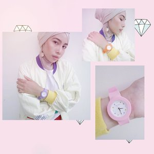 GIVEAWAY ALERT!!!.A perfect watch defines a perfect outfit! This Iggy Watch is my favorite one from @sophie.paris.id watch issue. Jam tangan ini lucu banget karena desainnya yang fun dan bisa kamu gonta-ganti sesuai mood kamu. DO YOU WANT THIS COOL WATCH SO BAD, GUYS??? Easy peasy, you just need to:.1. REPOST/REGRAM this photo, 2. Tag, mention, and follow @sophie.paris.id3. Tell in your caption why do you want this watch so much.4. Use hastag #YuliaxSophieParisID5. Please don't lock your account.1 lucky winner will be announced next week to win this watch. .GOOD LUCK 💕.#IggyWatch#SophieParisID#Clozetteid