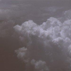 Jaga kesehatan ya, Gaes 🙏🏻🤗...#minimalfeed#cloudporn#skyporn#aestheticfeed#minimalism#minimalistindonesia#minimalismindonesia#clozetteid#minimalmood#suddenlysinematic