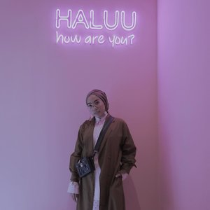 Too many instagramable spot at @haluuworld - An Instagramable Exhibition at Plaza Indonesia. Halu banget sampe nggak pengen pulang 💕.Thanks @lulut_m for last night also @triesseptian for helping me taking all my pict 😍...#haluubanget#clozetteid#haluuworld#haluubangetwithTFT#ladyuliastyle