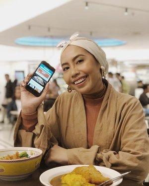 """Guys, bukber sama aku yuuuk. Jadi aku tuh lagi pengen makan masakan Thailand. Terus aku denger tentang fitur """"Eats"""" di app Traveloka dari @clozetteid, yaudah aku iseng deh search masakan Thailand dan nemuin promo spesial di resto favorit aku. Aku bisa beli voucher makan seharga 100ribu dengan harga 85ribu. Lebih hemat kan, seneng deh! . Mumpung masih bulan Ramadan, aku nggak mau seneng-seneng sendiri. Jadi, aku mau ngajak kalian bukber. Ikutan yuk, caranya gampang banget! 1. Pastiin kamu bisa ikutan bukber tanggal 30 Mei 2019. 2. Follow @travelokaeats dan @theladyulia  3. Like postingan ini 4. Comment alasan kenapa aku mesti ajak kamu bukber. Yang seru ya! 5. Sertakan hashtag #EatsNonStop #BukberBarengEats dan mention @travelokaeats . Akan ada 4 followers beruntung yang aku traktir bukber di @tomtom.kitchen Pacific Place. Jangan lupa ajak temen-temen kamu untuk ikutan juga, ya. Pemenangnya akan aku umumin di IG story tanggal 28 Mei ini. Good luck, Guys 😉 . #Clozetteid #ClozetteidReview #Travelokaeatsxclozetteidreview  #Eatsnonstop #Bukberbarengeats"""