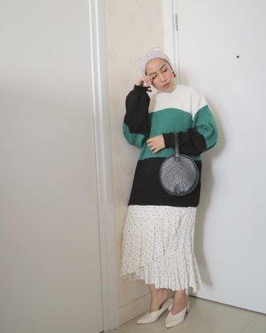 Weekend🍒...#ruedaily#clozetteid#ladyuliastyle#modestyaroundtheworld#minimalistwardrobe