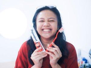 Hai! Jangan lupa sikat gigi ya gengs, menjaga kesehatan mulut itu penting yaa. Gue sendiri udah membiasakan dan ngajarin twinnies sikat gigi dari mereka usia 6 bulan (ya dulu sih sikat gusi judulnya 🤣). Untungnya karena mereka selalu liat gue sikat gigi, jadi sekarang mereka selalu rajin sikat gigi dan suka minta sikat gigi sendiri. Ya kalau mereka kan selalu pengen ikut ikut ibuk, jadi ya ibuk rajin sikat gigi jadinya mereka juga rajin dooong 😆 ⠀⠀⠀⠀⠀⠀⠀⠀⠀⠀⠀⠀⠀⠀⠀⠀⠀⠀Menurut gue sikat gigi malam itu penting banget karena seharian makan minum macem macem kan jadi sebelum tidur harus banget sikat gigi biar gigi nya enggak berlubang 👌🏻 ⠀⠀⠀⠀⠀⠀⠀⠀⠀Makanya gue selalu kasih contoh ke twinnies untuk sikat gigi sebelum tidur dan bikin kegiatan sikat gigi itu menyenangkan! ❤️✨⠀⠀⠀⠀⠀⠀⠀⠀⠀———⠀⠀⠀⠀⠀⠀⠀⠀⠀#PahlawanSenyum #SikatGigiMalam #WOHD20 @TanyaPepsodent #clozetteID