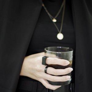 Morning coffee ☕️*jangan tanya cincin kotak, itu punya suami 🖤-#clozetteid