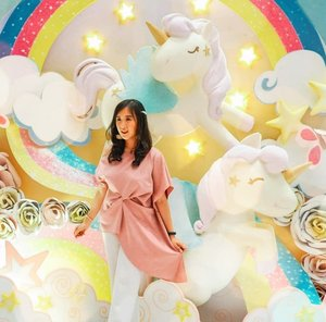 SWIPE FOR MORE (paer 1) Having fun playing at UNICORN LAND @mallofindonesia Ground Floor. Starting from 1st June until 14th July 2019. The Unicorn Land offers you 10 photo spots and also dark room as well for photoshoot. The spots are so cute, dominated by pastel colour (my fave!) And too adorable to be missed!  Make sure you come and enjoy this mini land full of unicorns! . #unicorn #unicornland #MOI #mallofindonesia . . . . . . . #ootd #photooftheday #beautifuldestinations #lookbook #themepark #japan #fashionblogger #outfitoftheday #kulinerjakarta #pastelcolor #jktspot #followme #astelcollection #ootdblogger #pinkvibes #prettylittlecorner #flatlays #postthepeople #travel #clozetteid