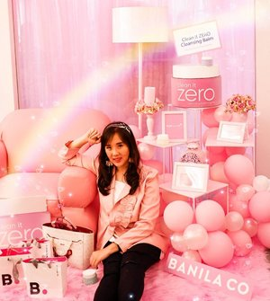 Feeling pink with this blazer from @berrybenka by @zilingoid I like the ruffles and the fabric ❤.Venue @banilaco_id event ..............#ootd #photooftheday #beautifuldestinations #lookbook  #korea #koreanmakeup #fashionblogger #outfitoftheday  #beauty #cosmetic #jktspot #pinkvibes #makeup #banilla #ootdblogger #pinkvibes #prettylittlecorner #postthepeople #travel #clozetteid
